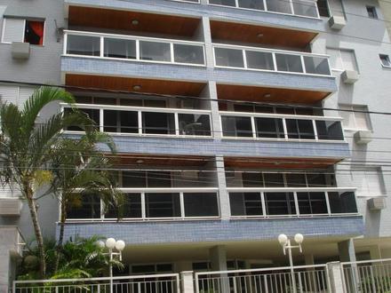 Casas-e-Terrenos-à-Venda-em-Cabo-Frio-RJ-Imobiliárias