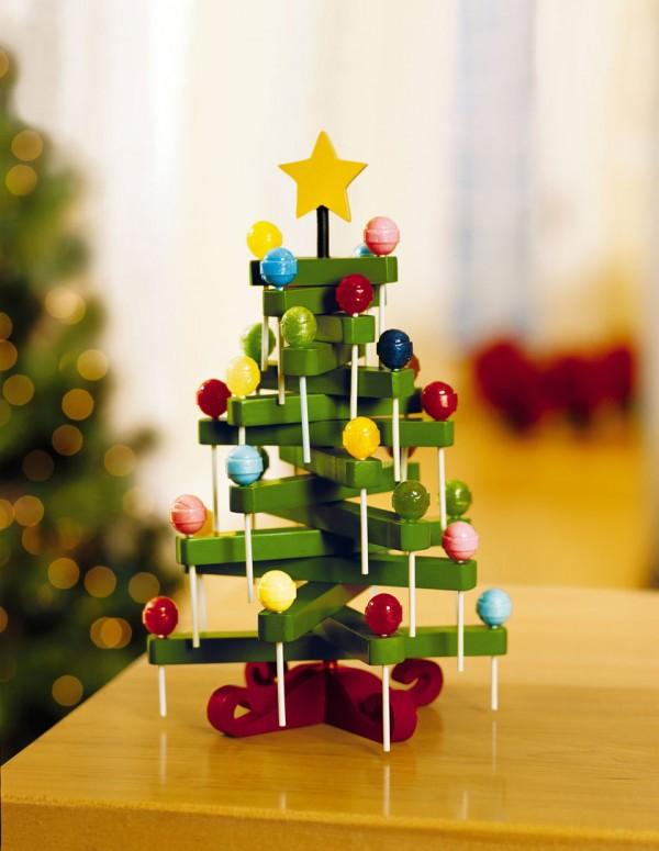 árvore de natal feita com pirulitos